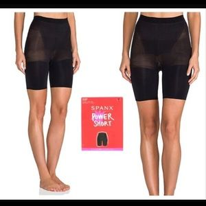 🆕 Spanx Power Short- Mid Thigh Shapers